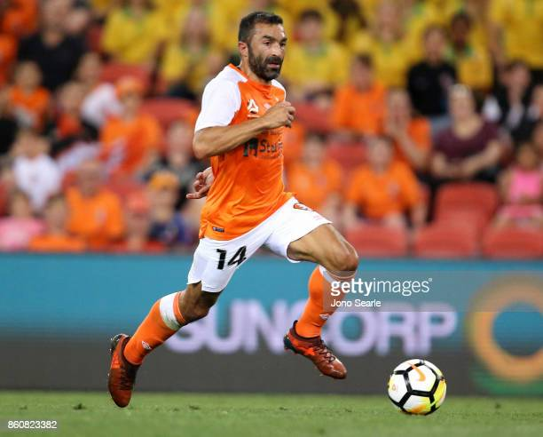 Fahid Ben Khalfallah of Brisbane runs with the ball during the round two ALeague match between the Brisbane Roar and Adelaide United at Suncorp...