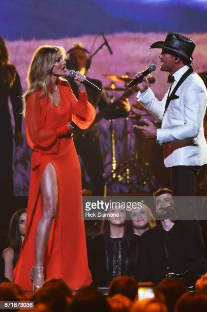 Faith Hill Stock Photos And Pictures Getty Images