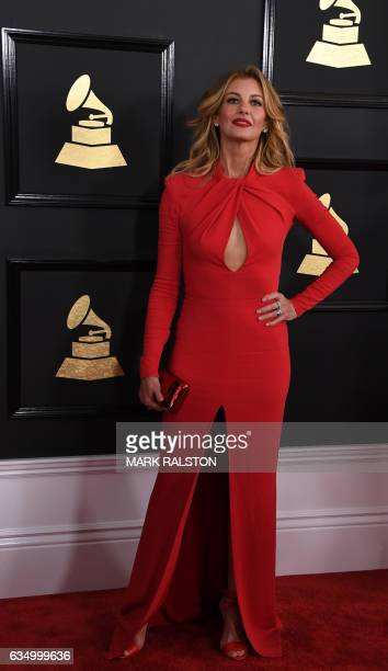 Faith Hill arrives for the 59th Grammy Awards on February 12 in Los Angeles California / AFP PHOTO / Mark RALSTON / AFP / MARK RALSTON