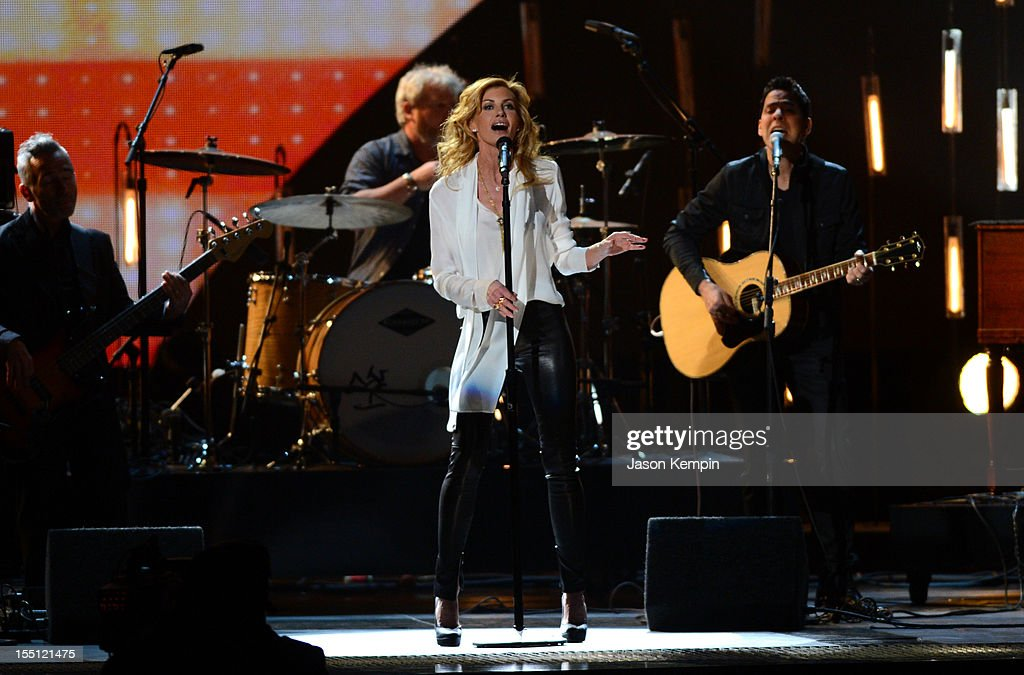 <a gi-track='captionPersonalityLinkClicked' href=/galleries/search?phrase=Faith+Hill&family=editorial&specificpeople=175933 ng-click='$event.stopPropagation()'>Faith Hill</a> performs during the 46th annual CMA Awards at the Bridgestone Arena on November 1, 2012 in Nashville, Tennessee.