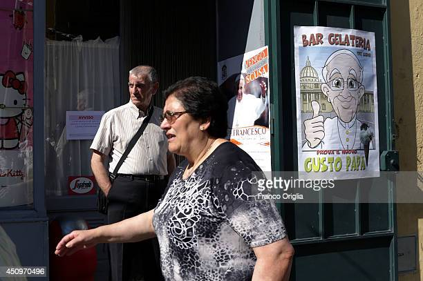 Faithful wait for the Pope Francis arrival on June 21 2014 in Cassano allo Jonio Cosenza Italy Pope Francis is visiting the mafia heartland of...