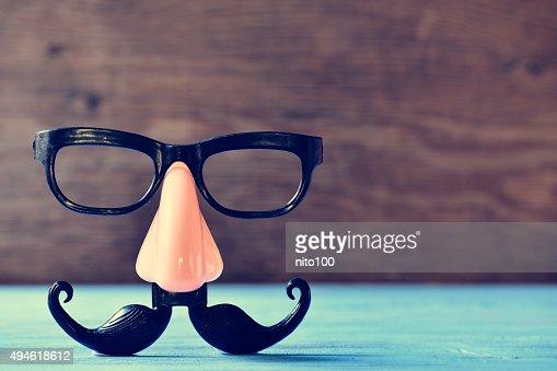 페이크 콧수염, 코 및 안경 있는 파란색 상호호환성의 : 스톡 사진