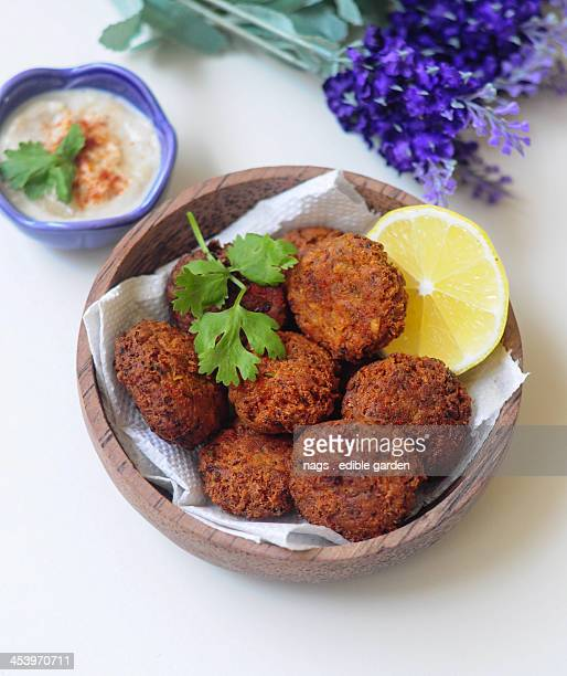 Falafel with tahini lemon sauce