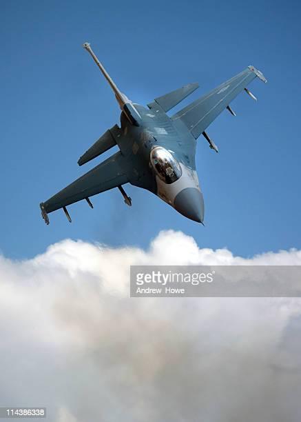 F - 35 fighter über Cloud