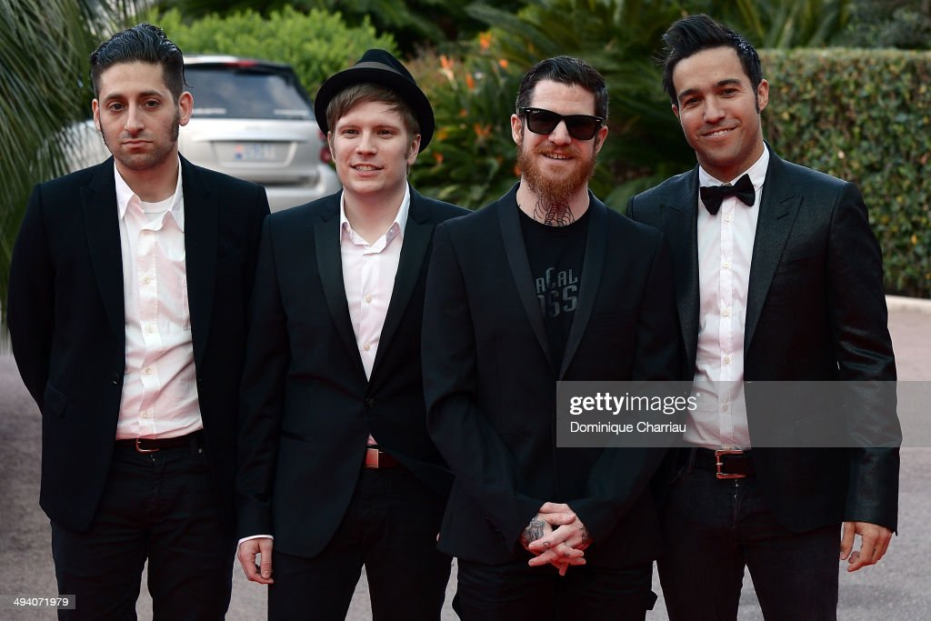 Fall Out Boy, with singers <a gi-track='captionPersonalityLinkClicked' href=/galleries/search?phrase=Patrick+Stump&family=editorial&specificpeople=557078 ng-click='$event.stopPropagation()'>Patrick Stump</a>, <a gi-track='captionPersonalityLinkClicked' href=/galleries/search?phrase=Pete+Wentz&family=editorial&specificpeople=595892 ng-click='$event.stopPropagation()'>Pete Wentz</a>, <a gi-track='captionPersonalityLinkClicked' href=/galleries/search?phrase=Joe+Trohman&family=editorial&specificpeople=557077 ng-click='$event.stopPropagation()'>Joe Trohman</a> et Andy Hurley arrive World Music Awards 2014 at Sporting Monte-Carlo on May 27, 2014 in Monte-Carlo, Monaco.