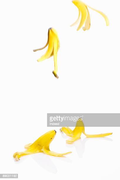Falling bananas