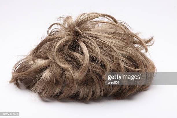 false perruque sur fond blanc taille XXXL