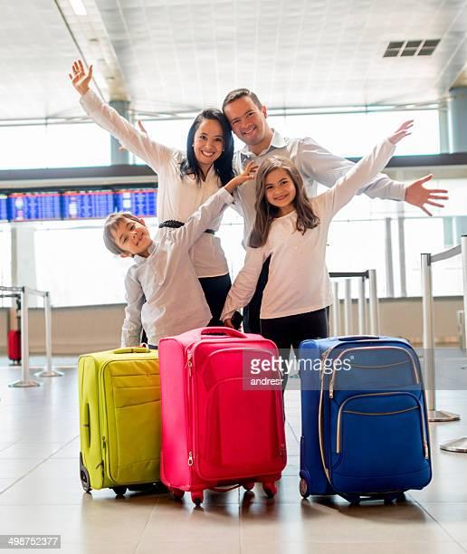Famille à l'aéroport
