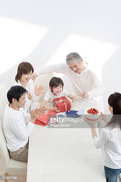 ご家族でのバースデーパーティーのようである。