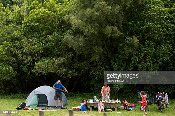 Family camping by the Whanganui River.