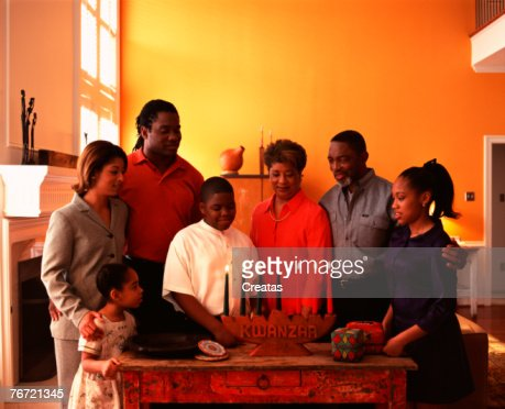 Family celebrating Kwanzaa : Stock-Foto