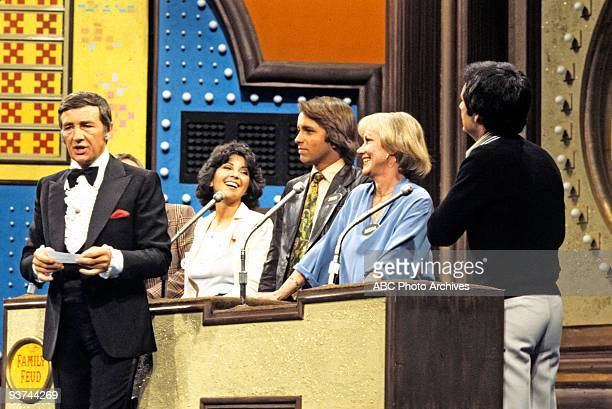 FEUD 4/12/78 'Family Feud' prime time special featured the casts of ABC's 'Eight is Enough' 'The Love Boat' 'Soap' and 'Three's Company' Pictured...