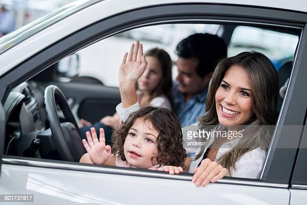 Familie in einem Auto