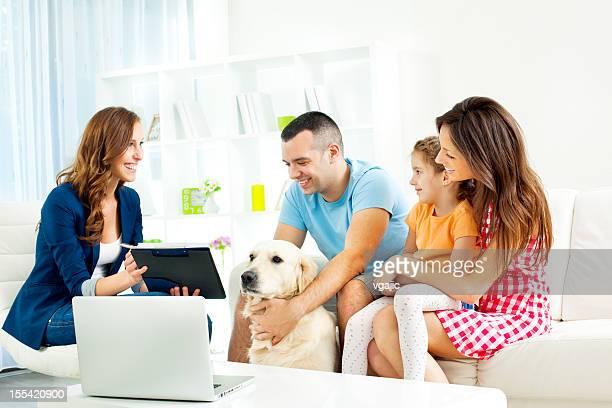 Avec Conseiller financier réunion de famille