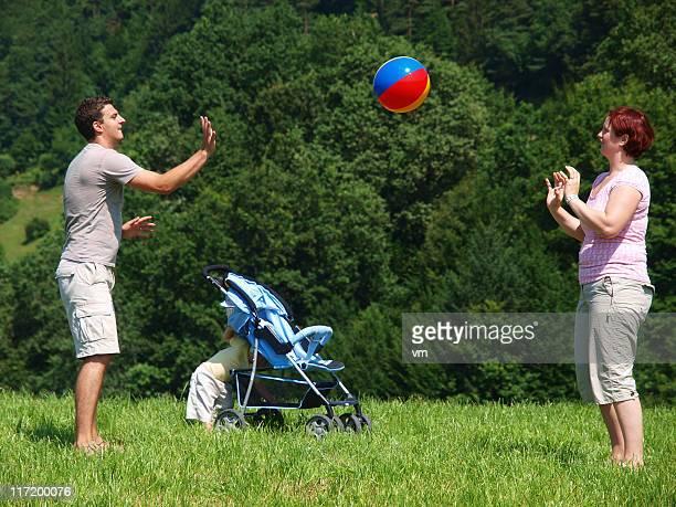 Familie Spielen im park
