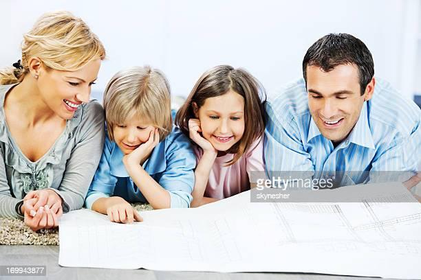 Familie Lesung Werkzeuge.