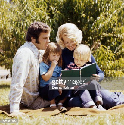 grassy single parents The children of unmarried parents:  the child is no better off than living with a single mother and, compared to a child living with two natural parents,.