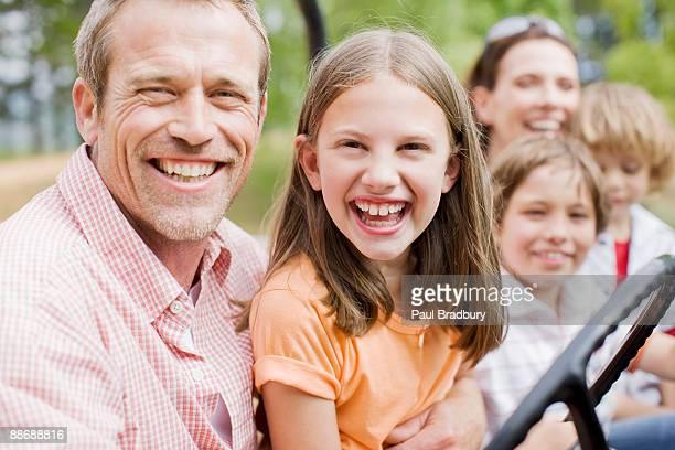 ご家族でのジープの乗馬