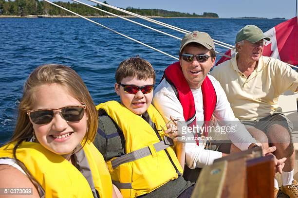 Famille voile sur la Baie de Mahone Nouvelle-Écosse