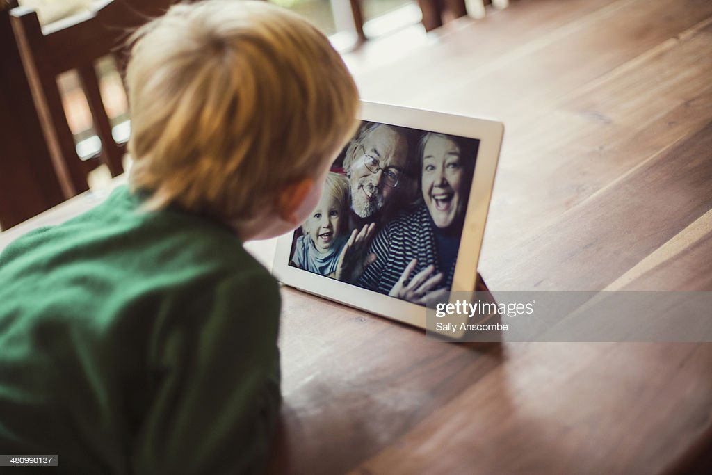Family staying connected online