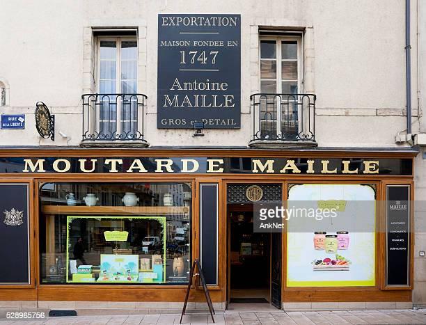Célèbre boutique de la moutarde de Dijon