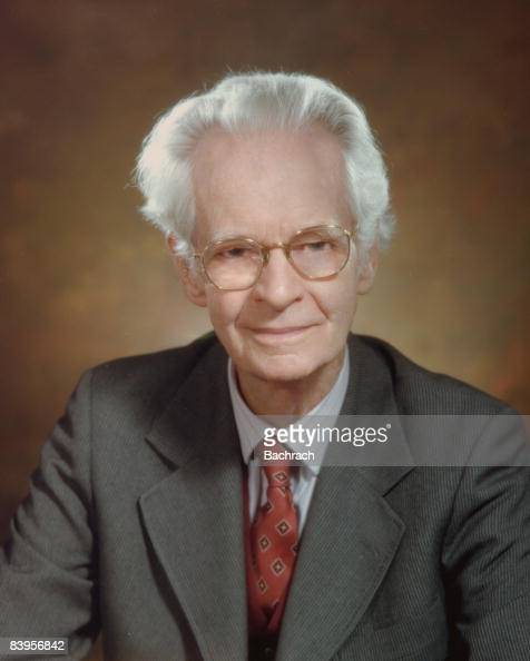burrhus frederic b f skinner B f skinner was born on march 20, 1904 in susquehanna, a small railroad town  in the hills of pennsylvania just below binghamton, new york with one.