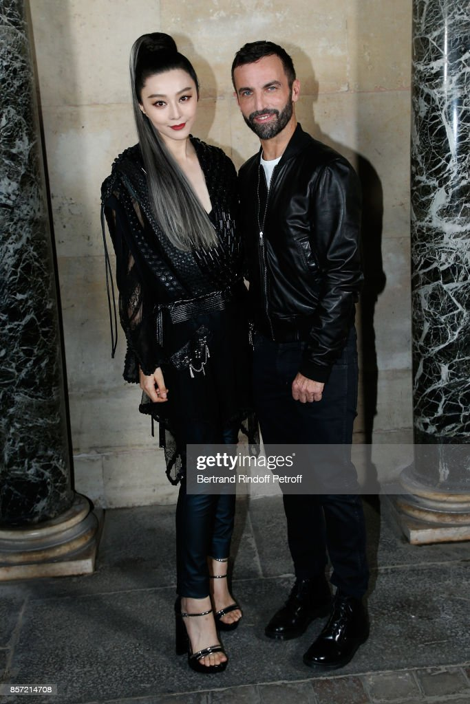 fan-bingbing-and-stylist-nicolas-ghesquiere-pose-after-the-louis-as-picture-id857214708