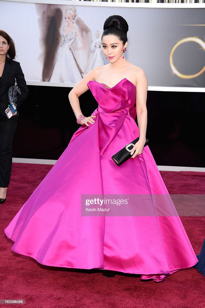 Fan Bingbing arrives at the Oscars held at Hollywood & Highland Center on February 24, 2013 in Hollywood, California.
