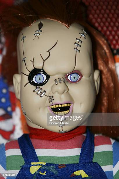 Chucky With Doll Stock Photos and Pictures | Getty Images | 409 x 612 jpeg 35kB