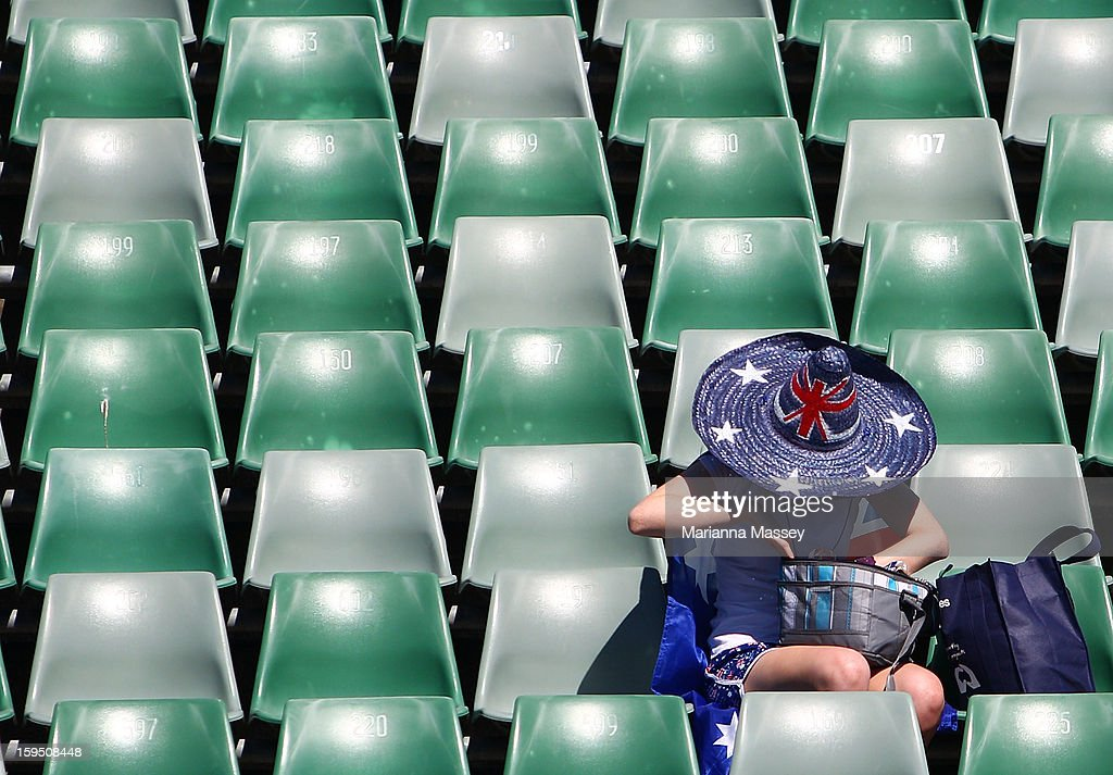 A fan gets ready for play at Margaret Court during day two of the 2013 Australian Open at Melbourne Park on January 15, 2013 in Melbourne, Australia.