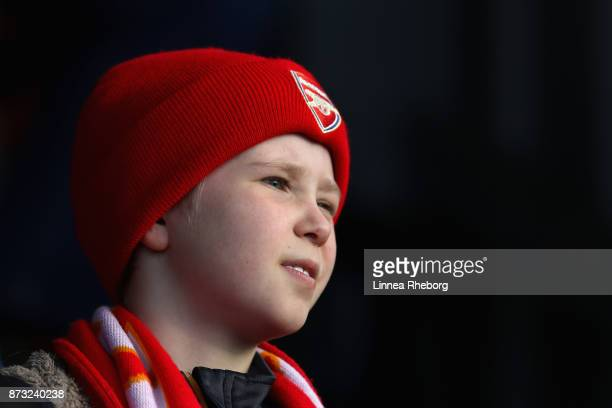 A fan looks on during the Women's Super League 1 match between Arsenal and Sunderland AFC Ladies on November 12 2017 in Borehamwood United Kingdom