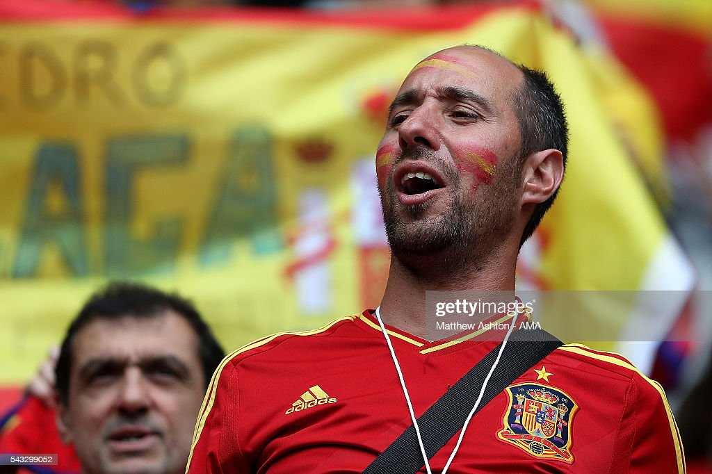 A fan of Spain looks on prior to the UEFA Euro 2016 Round of 16 match between Italy and Spain at Stade de France on June 27, 2016 in Paris, France.