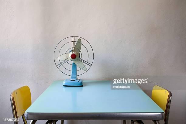 Fan auf dem Tisch