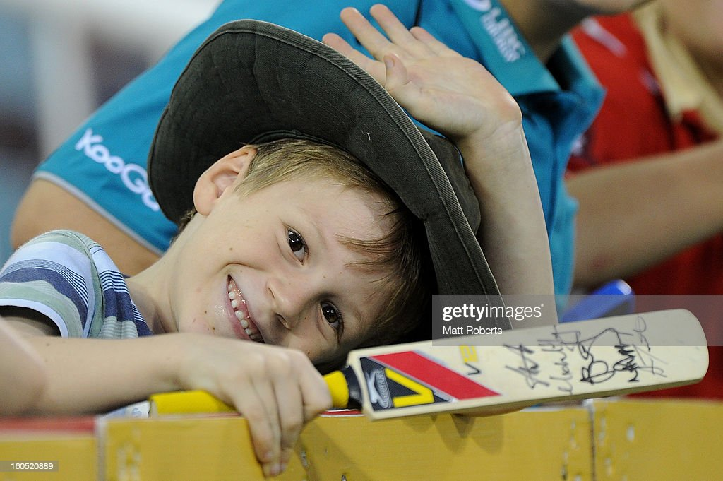 A fan shows his support during the Ryobi One Day Cup match between the Queensland Bulls and the Western Australia Warriors at The Gabba on February 2, 2013 in Brisbane, Australia.