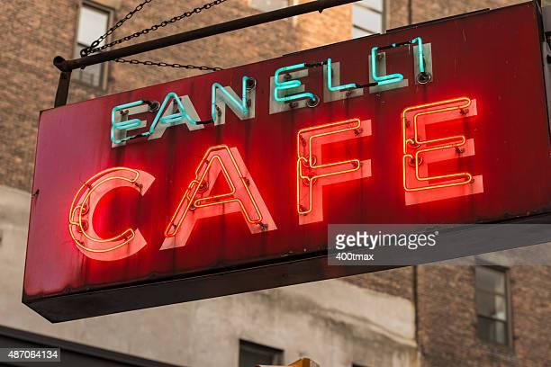 Fanelli カフェ