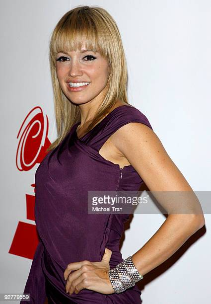 Fanny Lu arrives to the 2009 Latin Recording Academy Person of the Year honoring 'De Fiesta With Juan Gabriel' held at Mandalay Bay on November 4...