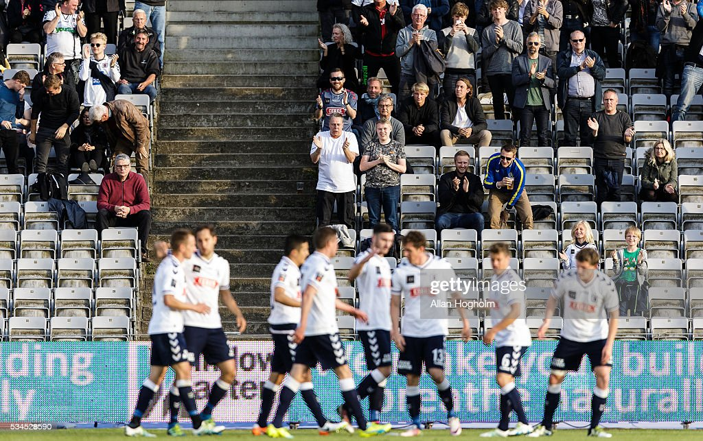 Fans and players of AGF Aarhus celebrates after scoring their first goal during the Danish Alka Superliga match between AGF Aarhus and OB Odense at Ceres Park on May 26, 2016 in Aarhus, Denmark.