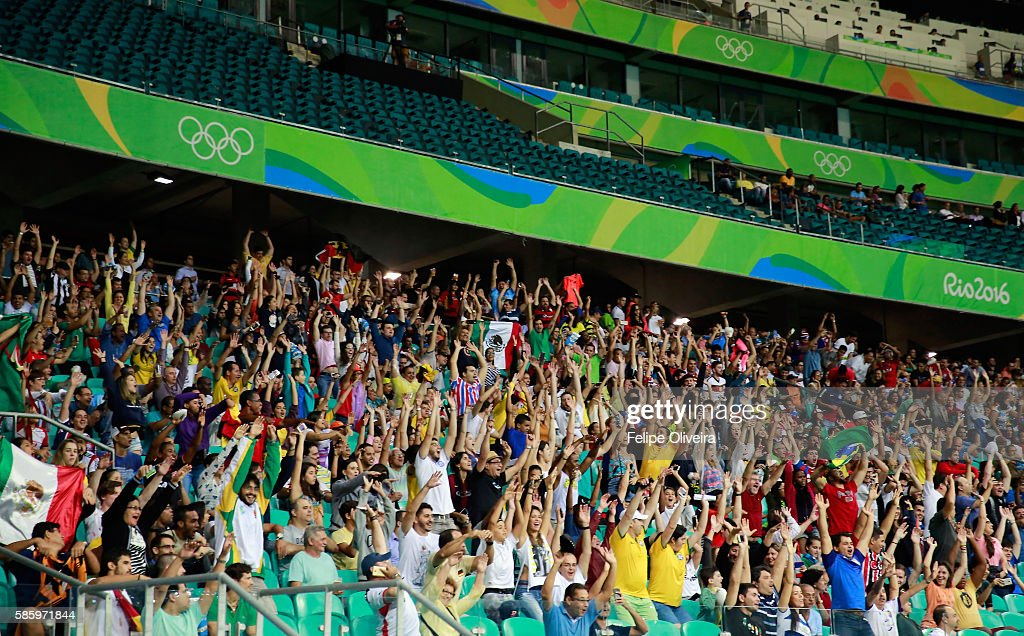 fans-are-celebrating-during-the-mens-gro
