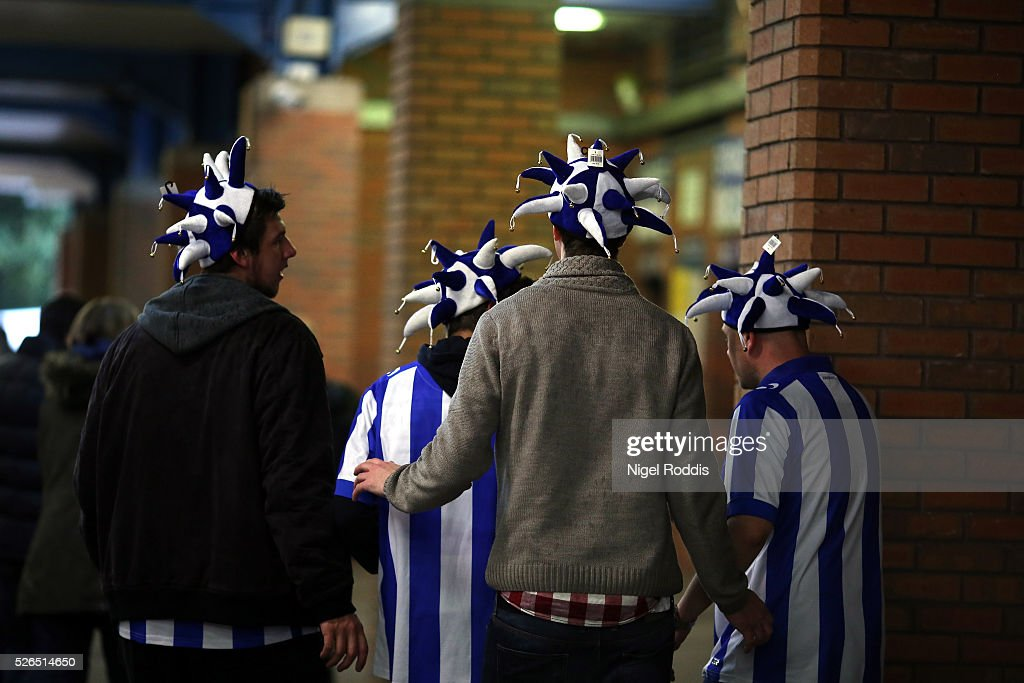 Fans arrive ahead of the Sky Bet Championship match between Sheffield Wednesday and Cardiff City at Hillsborough stadium on April 30, 2016 in Sheffield, England.