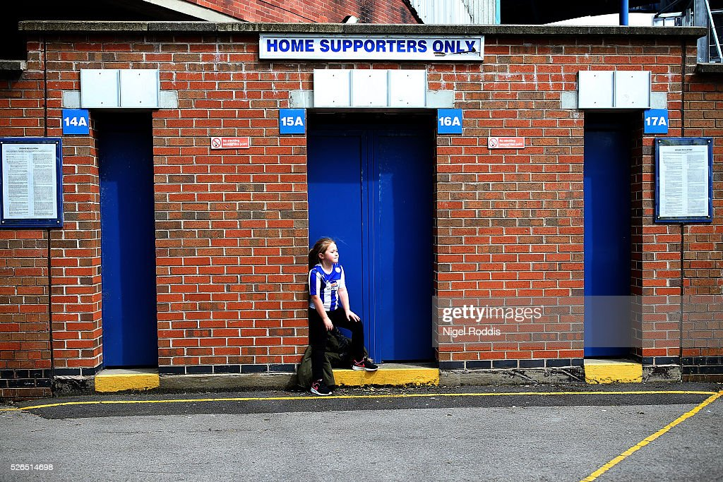 A fans arrives ahead of the Sky Bet Championship match between Sheffield Wednesday and Cardiff City at Hillsborough stadium on April 30, 2016 in Sheffield, England.