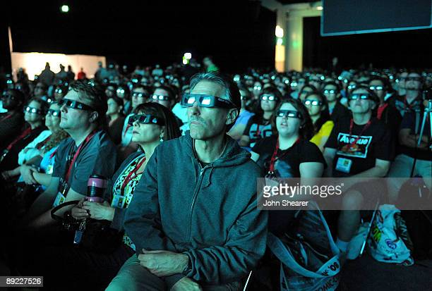 Fans at the 'Avatar' QA during ComicCon 2009 held at San Diego Convention Center on July 23 2009 in San Diego California