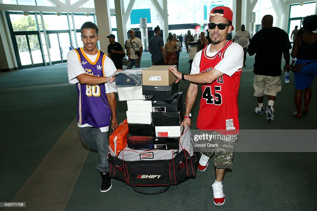 Fans attend SneakerCon presented by Sprite, Rush Card, & FDA during the 2016 BET Experience at Los Angeles Convention Center on June 26, 2016 in Los Angeles, California.
