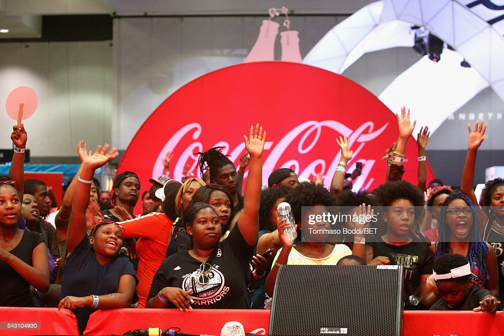 Fans attend the Coke music studio during the 2016 BET Experience on June 25, 2016 in Los Angeles, California.