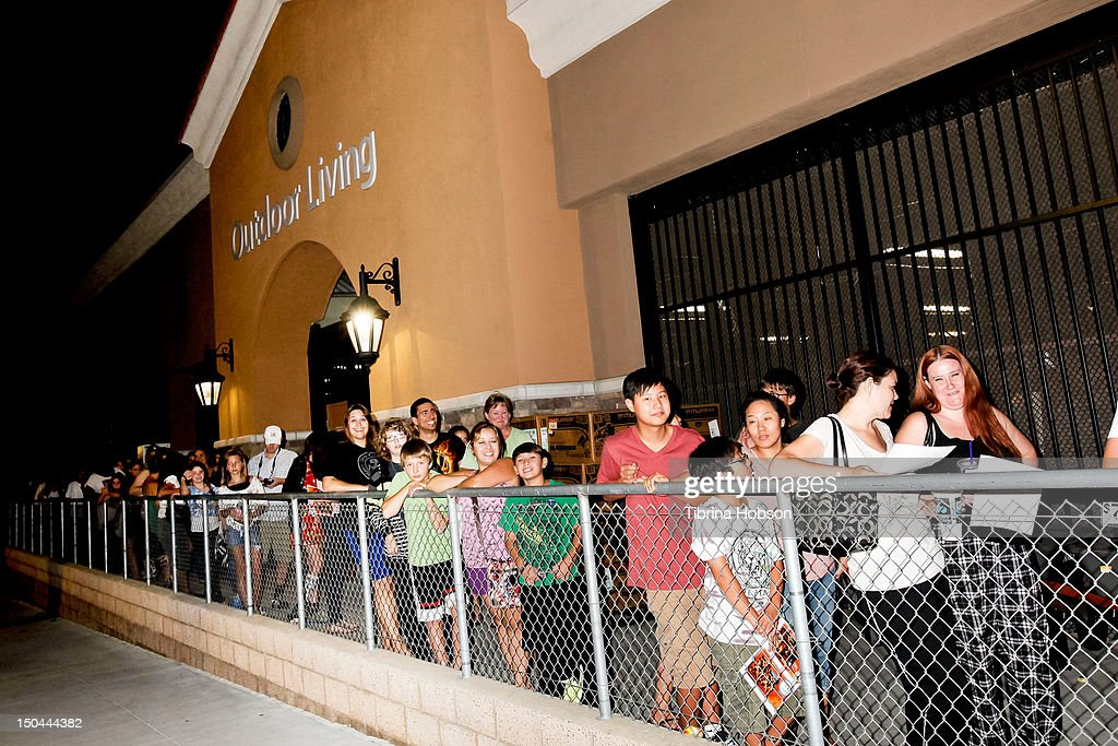 Fans attends Lionsgate's 'The Hunger Games' blu-ray disc and DVD release and fan signing at Walmart on August 17, 2012 in Santa Clarita, California.