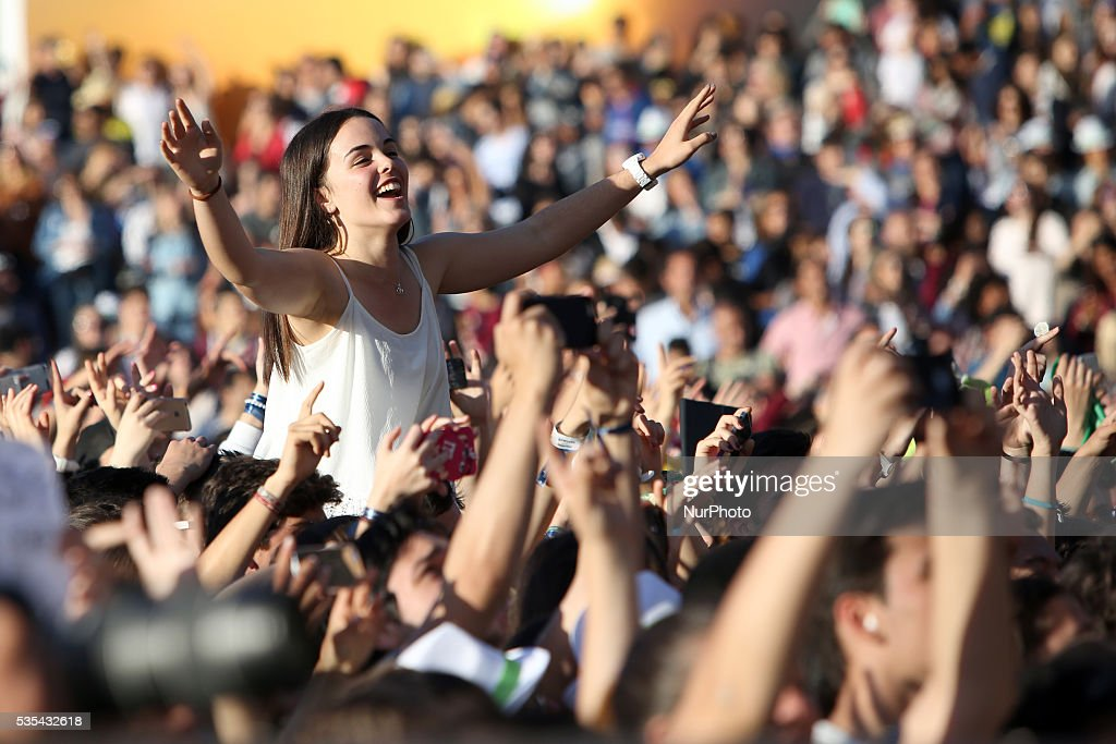 Fans attends the US singer <a gi-track='captionPersonalityLinkClicked' href=/galleries/search?phrase=Charlie+Puth&family=editorial&specificpeople=9889377 ng-click='$event.stopPropagation()'>Charlie Puth</a> concert at Rock in Rio Lisboa 2016 music festival in Lisbon, Portugal on May 29, 2016.