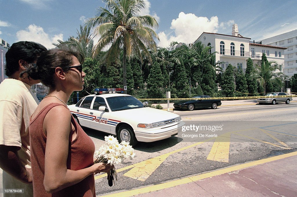 Fans bring tributes to the Miami Beach home of Italian fashion designer Gianni Versace, shortly after his murder, Florida, 15th July 1997.