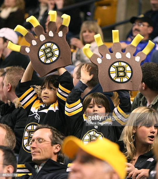 Fans celebrate the Boston Bruins 31 win over the Tampa Bay Lightning on March 31 2009 at the TD Banknorth Garden in Boston