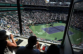 indian wells ca fans dine at