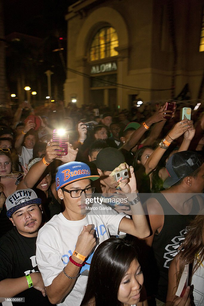 Fans enjoy the 2 Chainz peforms with Hennessy V.S at Aloha Tower Marketplace on January 24, 2013 in Honolulu, Hawaii.