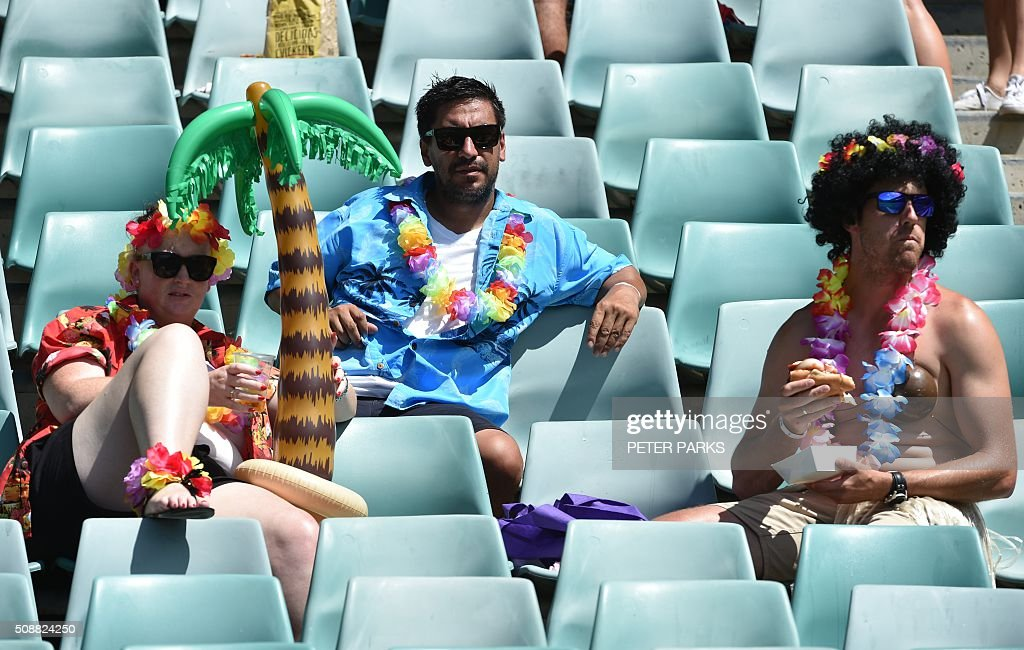 Fans enjoy themselves at the Sydney Sevens rugby union tournament in Sydney on February 7, 2016. AFP PHOTO / Peter PARKS -- IMAGE RESTRICTED TO EDITORIAL USE - NO COMMERCIAL USE / AFP / PETER PARKS